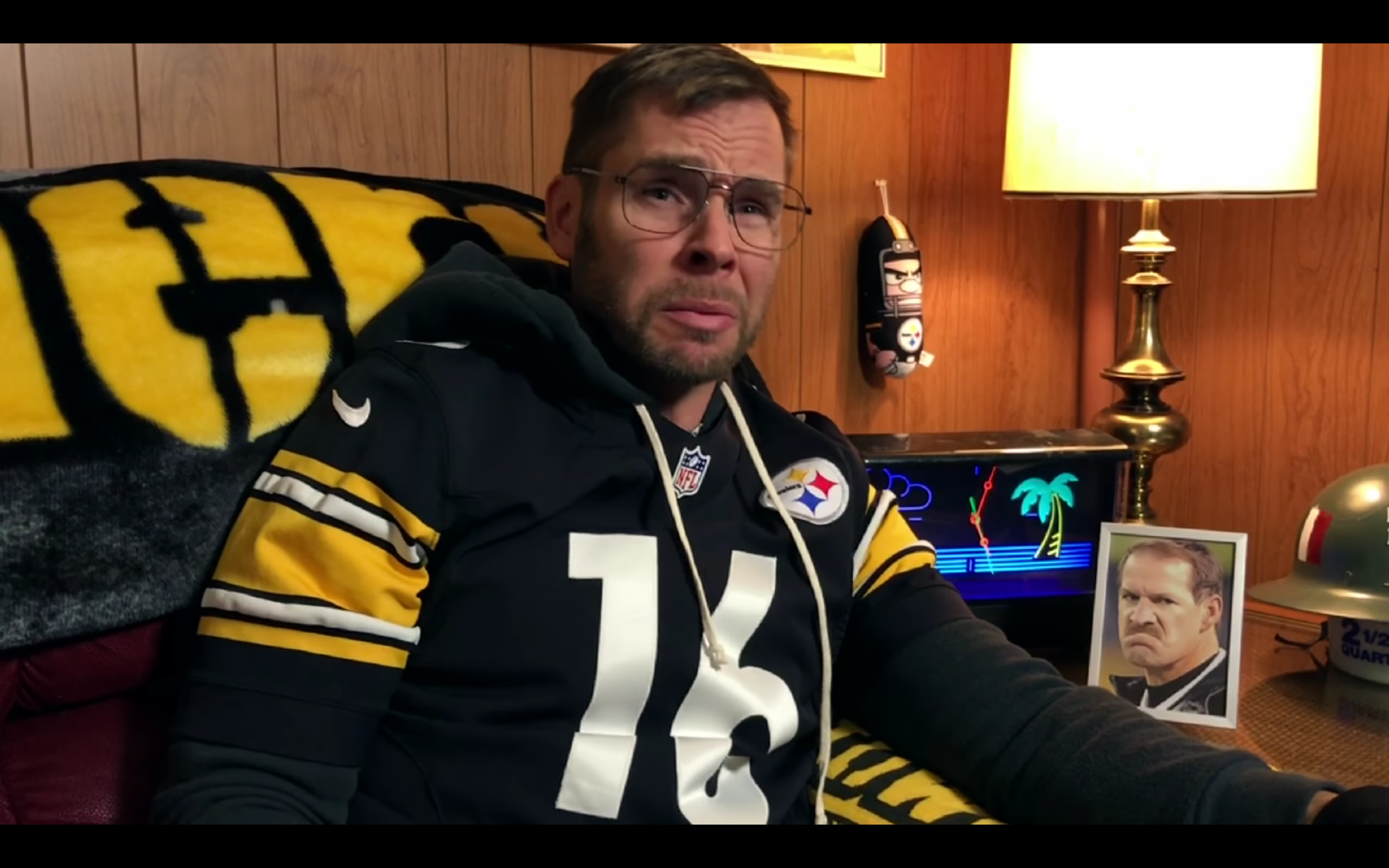 Dad Reacts to Steelers vs Dolphins (Wildcard Game '17)